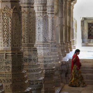 Un passage… – Ranakpur, Rajasthan, Inde
